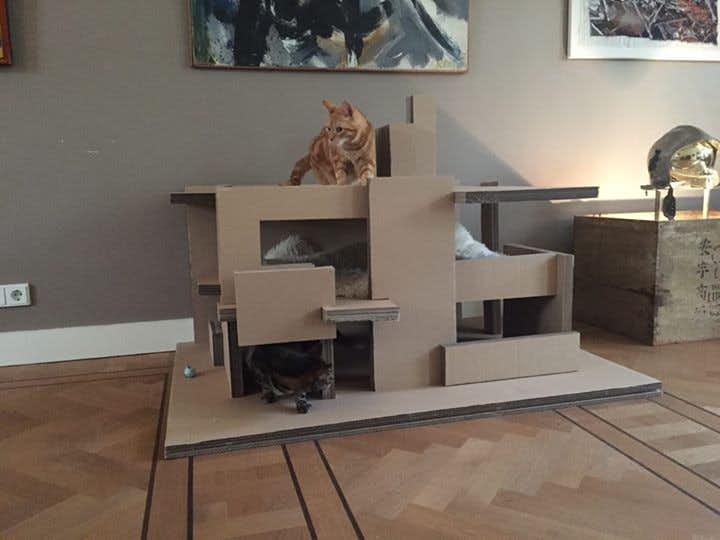 Architecten maken een echt rietveld schr derhuisje voor for Huis maken surprise