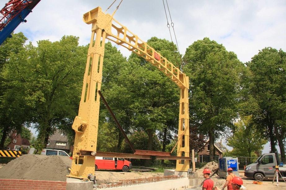 Monumentale Jeremiebrug na vier jaar weer in gebruik