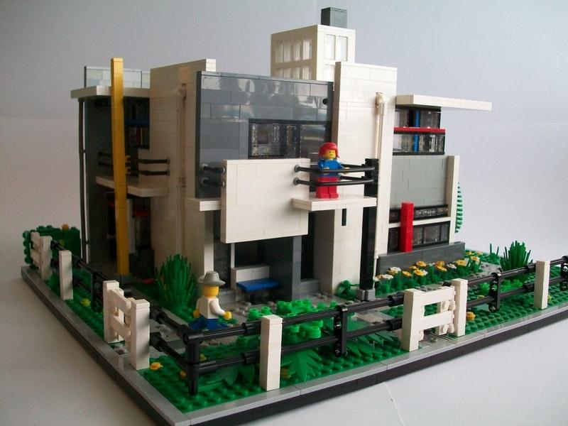 Vakwerk: Het Rietveld-Schröderhuis uitgevoerd in Lego