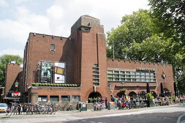 Het Louis Hartlooper Complex omgedoopt tot fiets-festivalhart