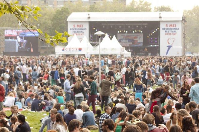 Weer gedoe rond optreden Bevrijdingsfestival: 'Bitches love me'