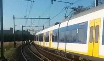 Dode bij aanrijding tussen trein en auto op Voordorpsedijk