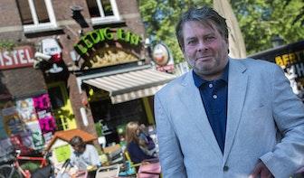 Het Utrechts Dichtersgilde gaat dwars door de stad: Meebuigende fietspalen