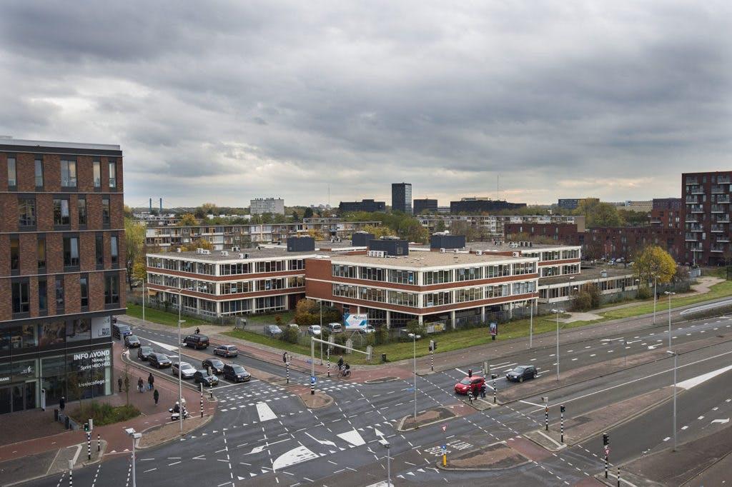 Utrecht wil vluchtelingen met leerplichtige kinderen in de stad houden