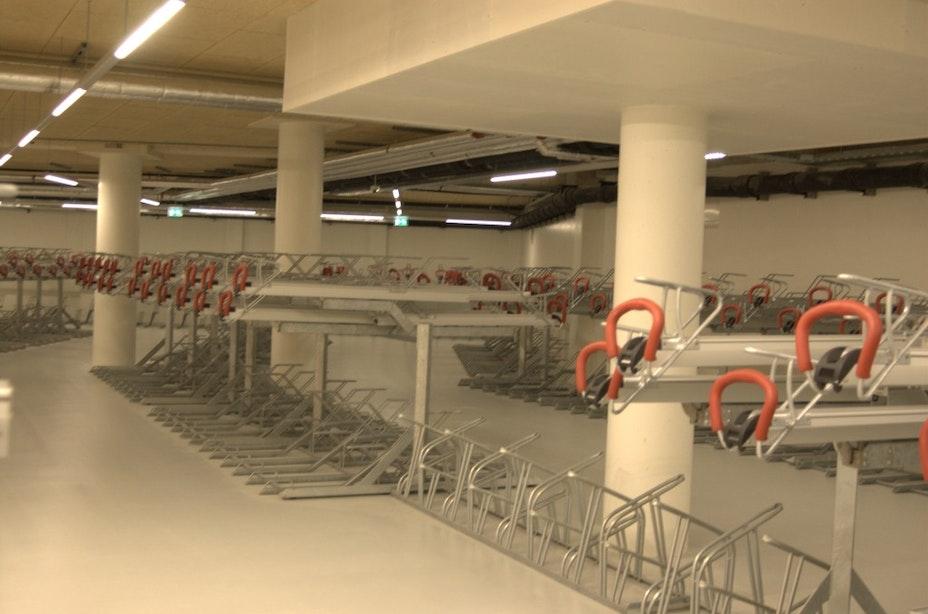 Gemeente onderneemt actie tegen hinderlijk geparkeerde fietsen op het Vredenburg