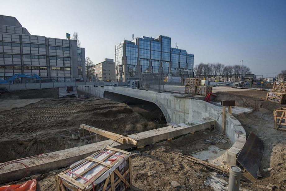 Foto's: De weg van het water; de Catharijnesingel in Utrecht neemt vorm aan