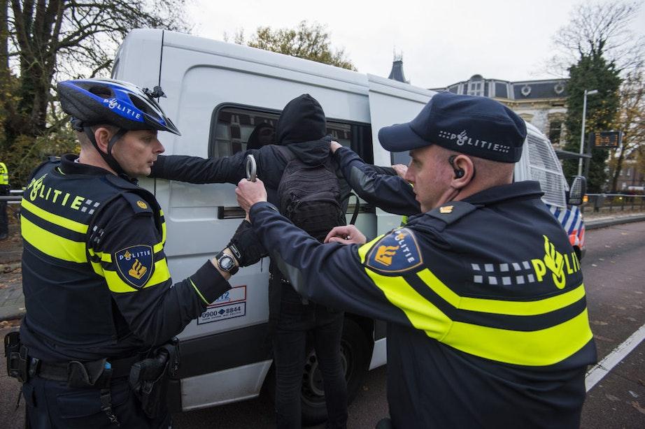 Acht personen tijdens demonstratie Pegida onterecht aangehouden