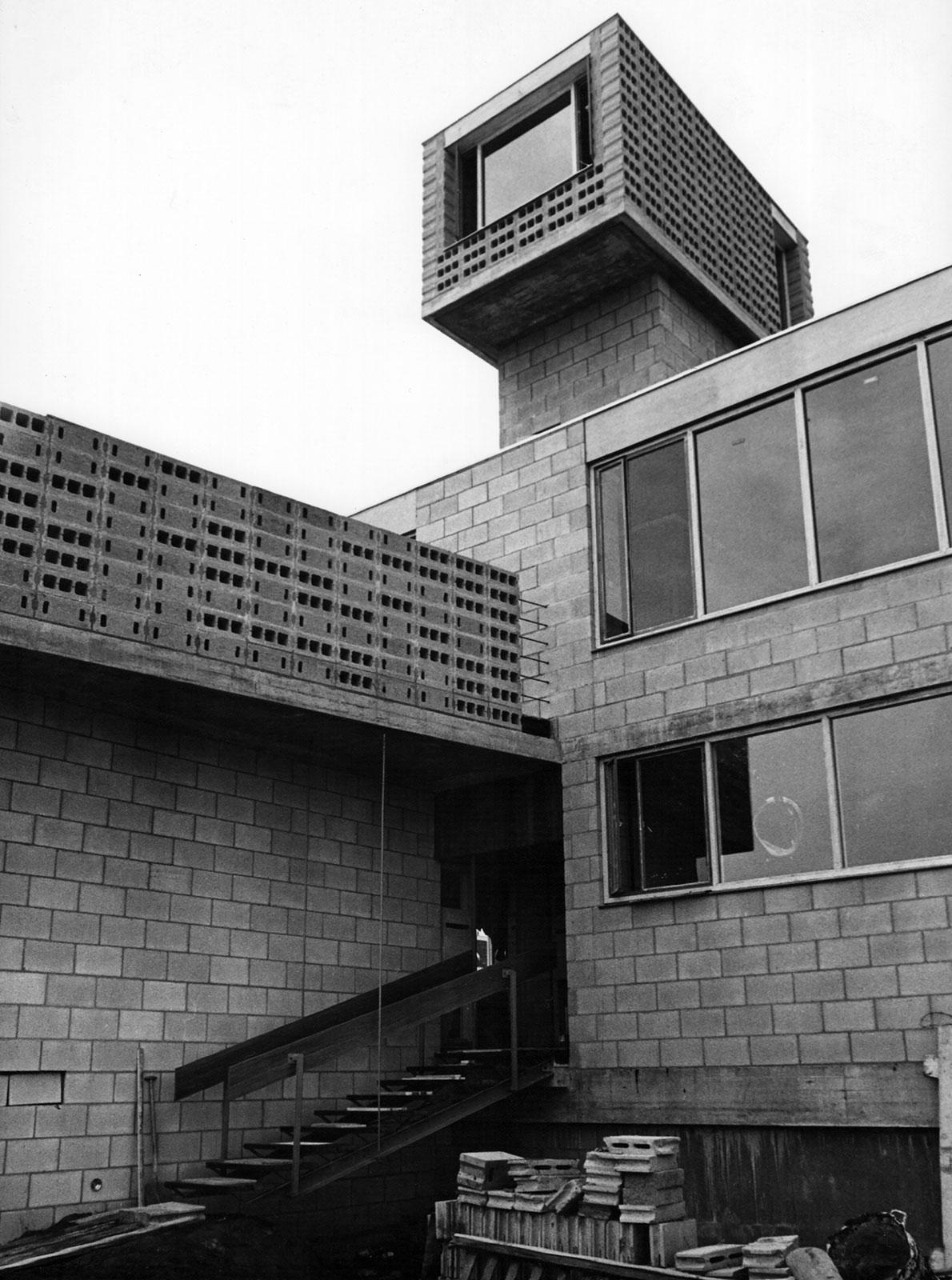 Het Dingemanshuis bij oplevering in 1964 (archief fam. Dingemans)