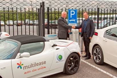 Multilease Opent Eerste Semi Openbare Oplaadpunt In Utrecht De