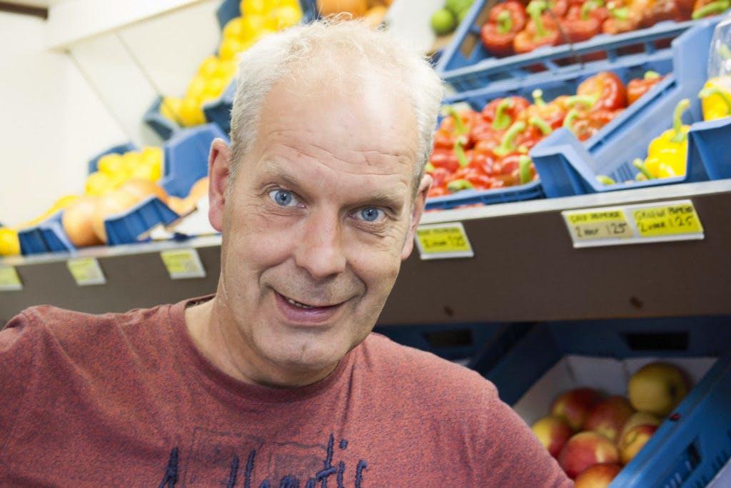 """Op bezoek bij Tom Ganseman in Wittevrouwen: """"Er zijn klanten waar ik al 45 jaar kom"""""""