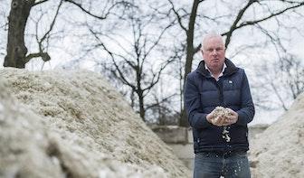 DUIC Krant: Een echte ondernemer krijgt zelfs zand verkocht aan de woestijn