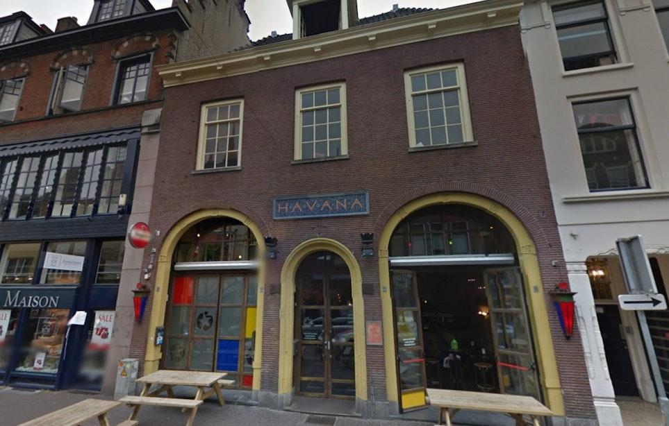 Havana op het Oudkerkhof bijna verkocht aan Amsterdams Loetje