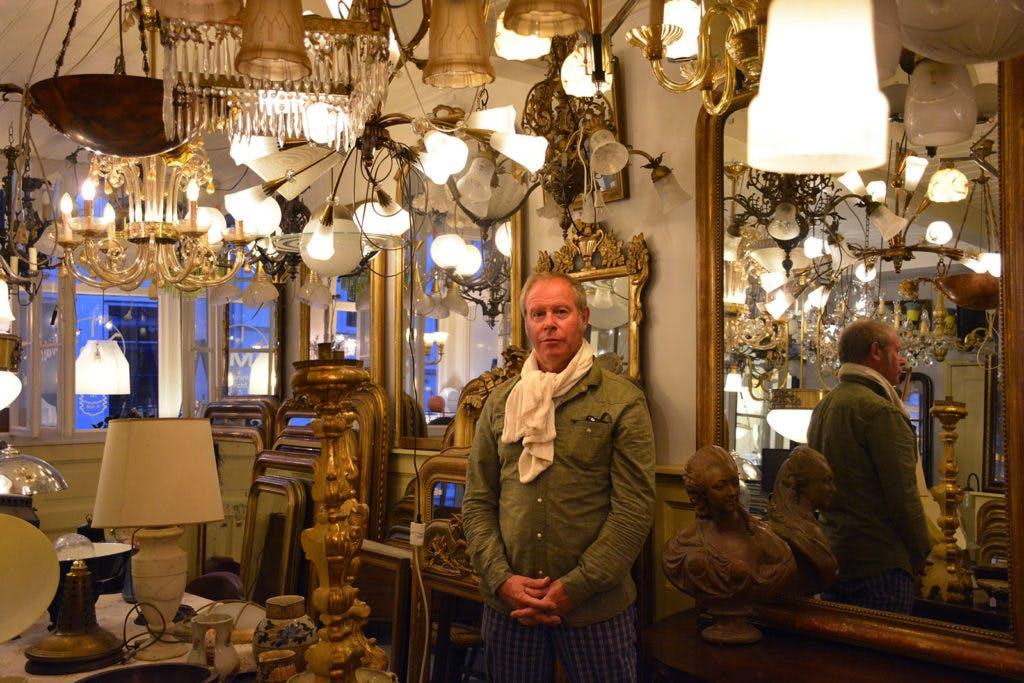 Op bezoek bij Marinus van Uden van Marinus Licht:  'Ik heb geen winkel. Ben hooguit op zaterdag open'