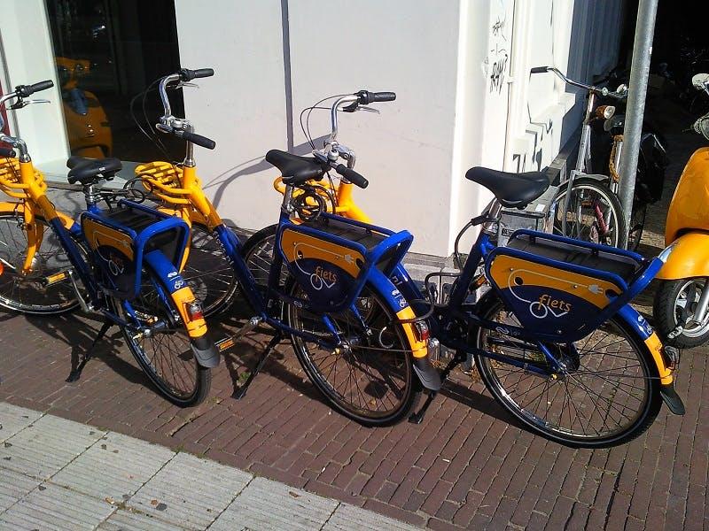 Universiteit Utrecht: Studenten pakken liever gratis OV-fiets dan de bus richting De Uithof