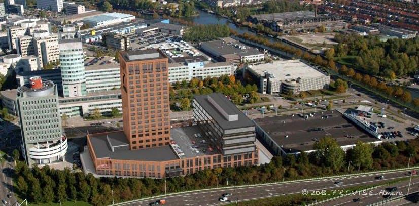 Van der Valk hotel op 'Zuidas' van Utrecht. Bouw start in 2014