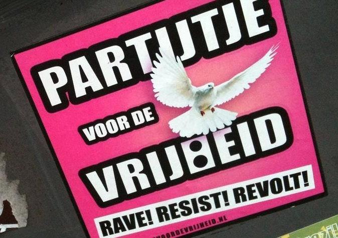 Demonstratieve streetrave door Utrecht