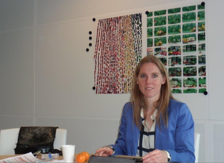 """Weekend van wethouder Lot van Hooijdonk: """"Ik kan in de weekenden altijd relaxed werken vanuit een koffietentje"""""""