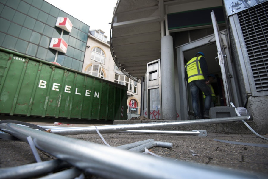 Sloop Kiosk Vredenburgplein met veel bekijks begonnen
