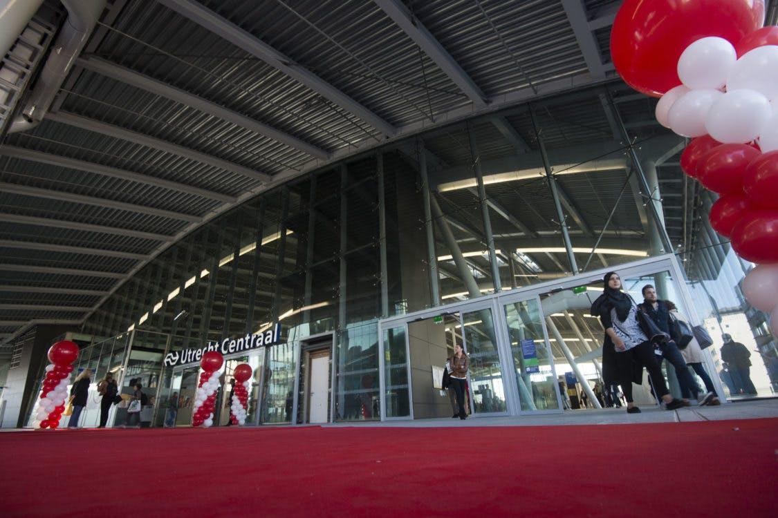 Utrecht Centraal kreeg er vandaag een groot nieuw gedeelte bij: zo ziet het eruit