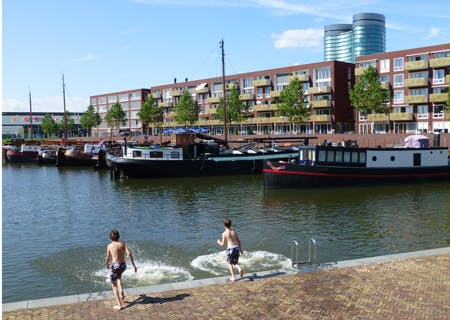 Dagtip: Muziek op het water bij viering 125 jaar Merwedekanaal