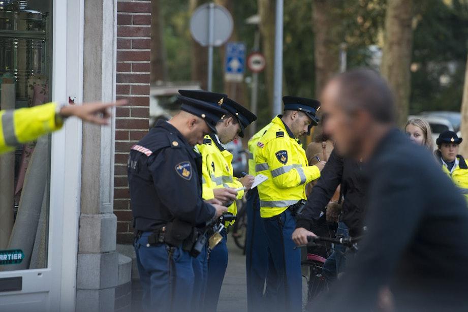 Tientallen fietsers bekeurd op de Burgemeester Reigerstraat
