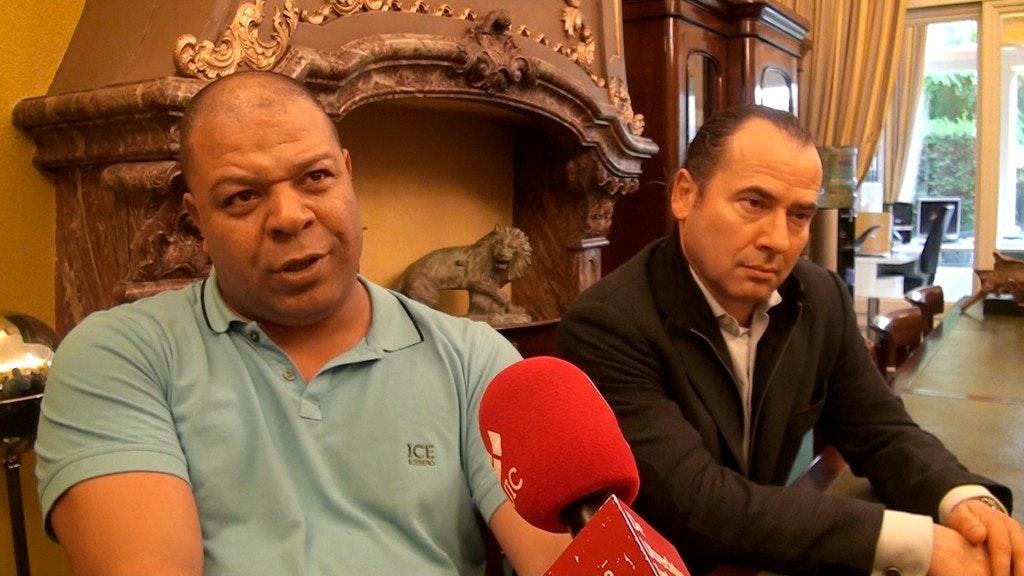 Voormalig portier café De Kneus Elwien Bendanon heeft nog steeds zijn vergunning niet terug