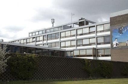 Sloop oud-Gerrit Rietveldcollege enkele maanden vertraagd wegens asbest