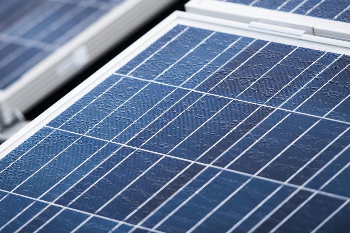 Mogelijk  drijvende zonne-energie-eilanden in Haarrijnseplas