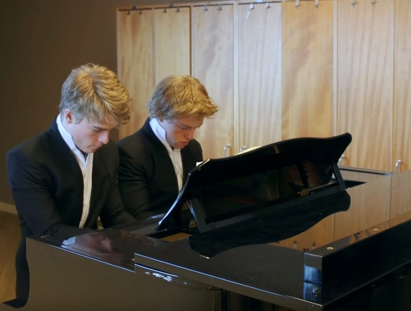 One minute 'till Showtime met virtuoze pianobroers Arthur & Lucas Jussen