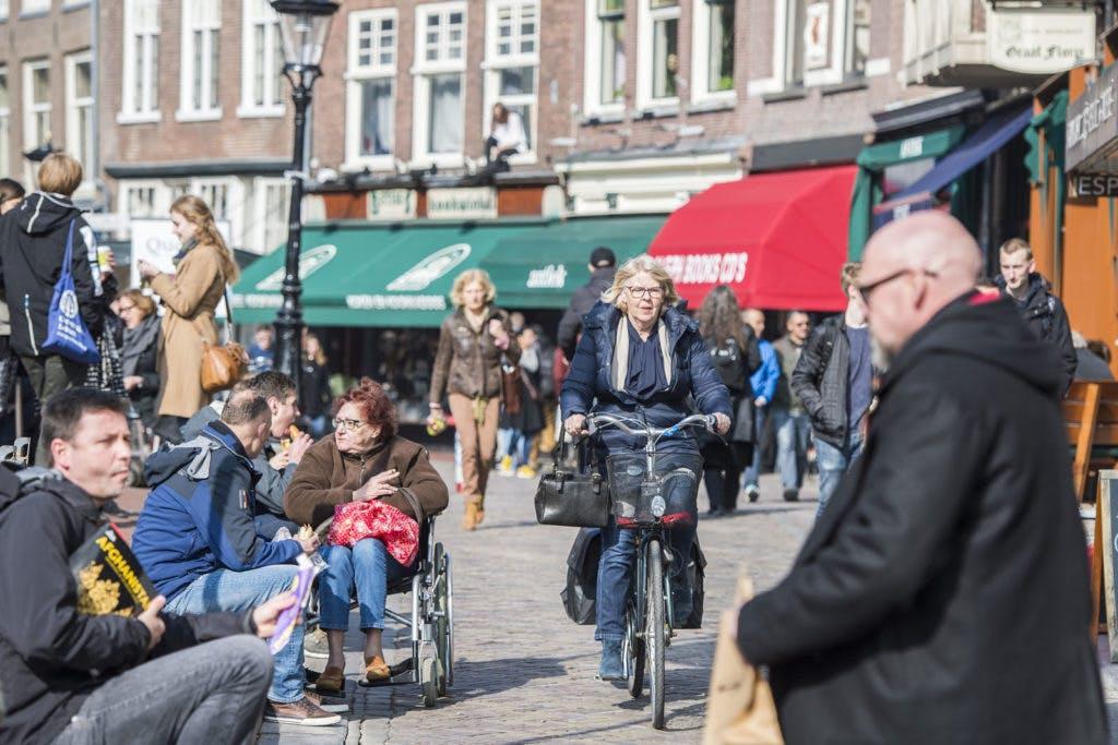 Utrecht breidt voetgangersgebied centrum uit: Ganzenmarkt, 't Wed, Donkere Gaard en groot deel Oudegracht worden fietsvrij