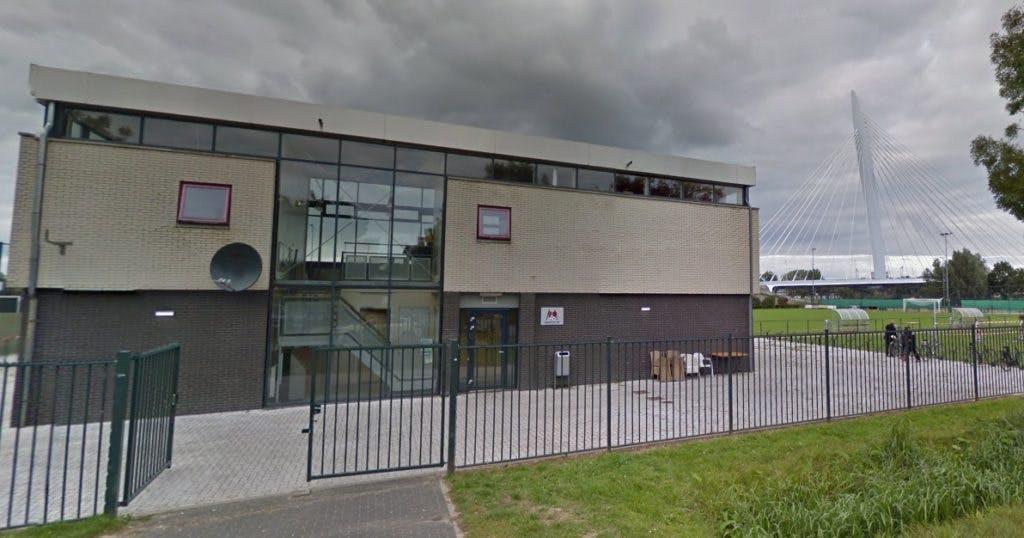 Utrechtse voetbalvereniging Magreb'90 heeft nog tot vrijdag om schulden te voldoen