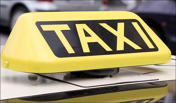 Utrechtse taxichauffeur krijgt flinke boete van inspectiedienst
