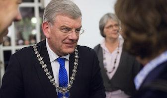 Burgemeester besluit tot collectieve sluitingstijden op Straatweg