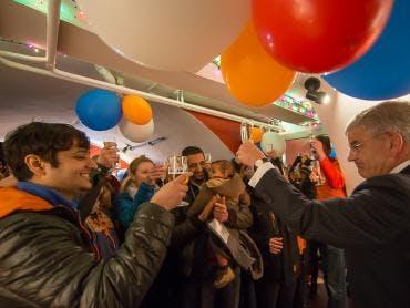 Burgemeester bracht op Koningsdag een 'warm welkom' aan 100 expats