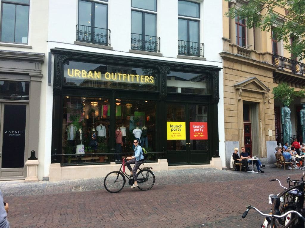 Urban Outfitters op Oudegracht geopend