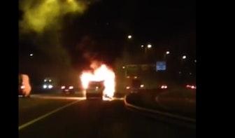 Utrechtse band The Royal Engineers ziet busje met instrumenten in vlammen opgaan