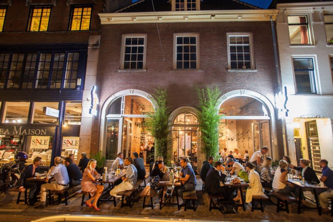 Amsterdams Loetje komt definitief naar het Oudkerkhof