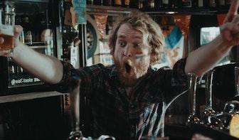 Korte Film: Op creatieve wijze het EK vieren in Café de Potdeksel