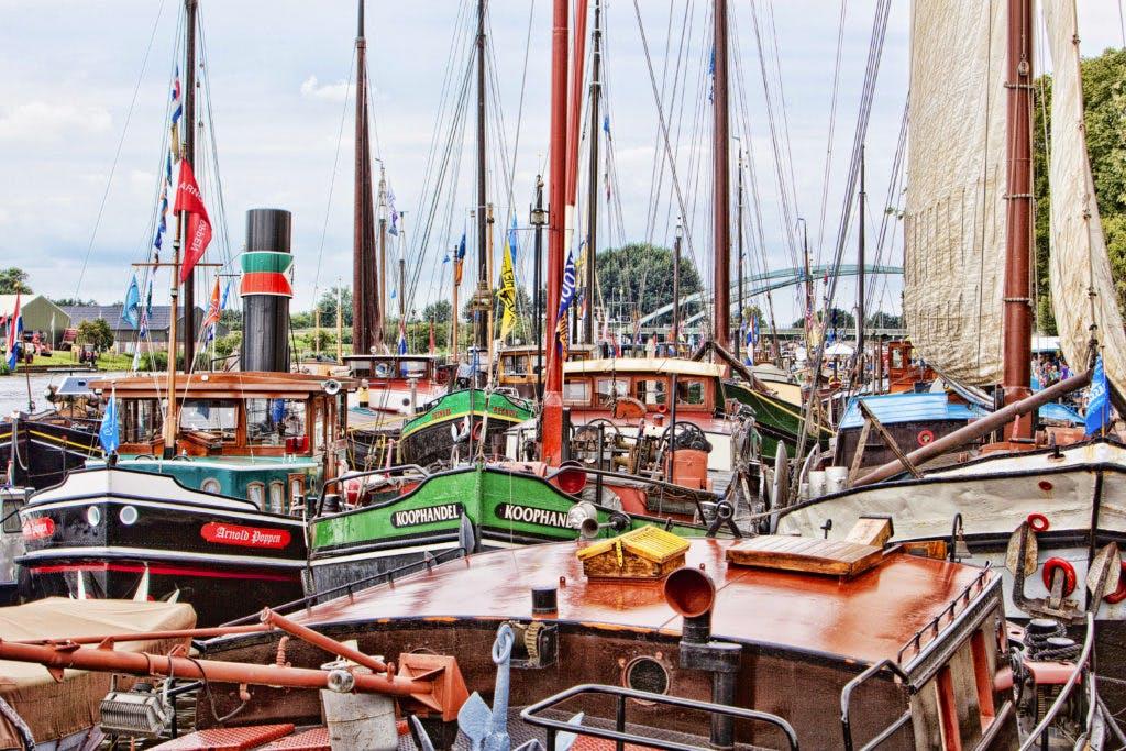 180 oude binnenvaartschepen bij VreeswijkVolVaart