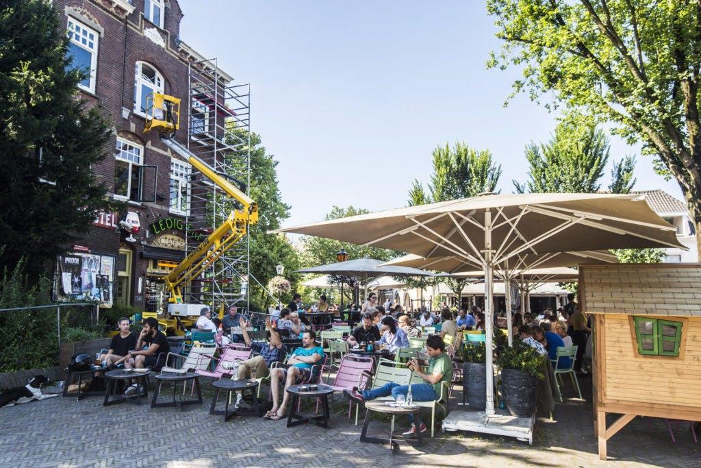 Café Ledig Erf en Café Het Hart staan samen te koop