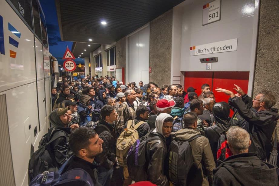 """D66: """"Er is te weinig begrijpelijke en toegankelijke informatie voor vluchtelingen"""""""
