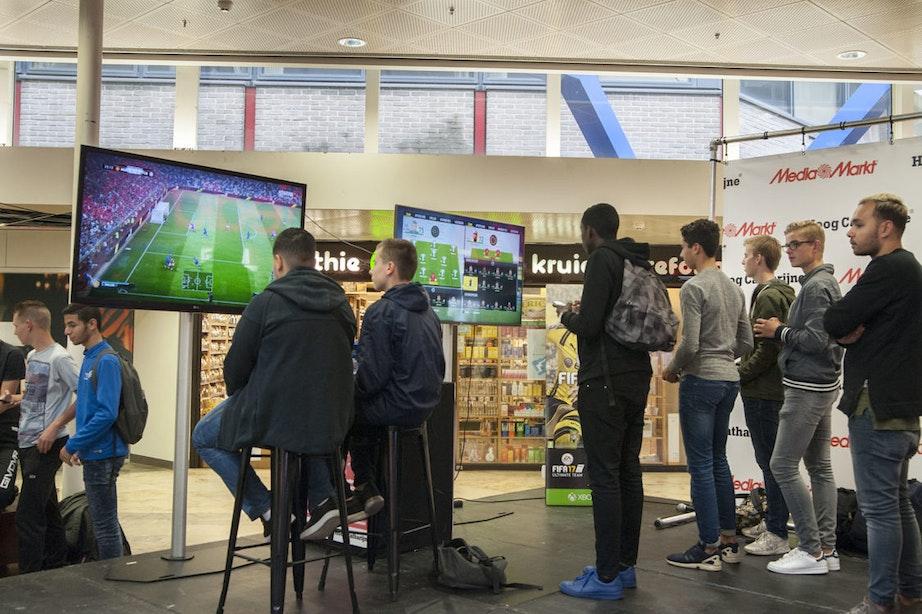 Foto's: FIFA 17-toernooi in Hoog Catharijne