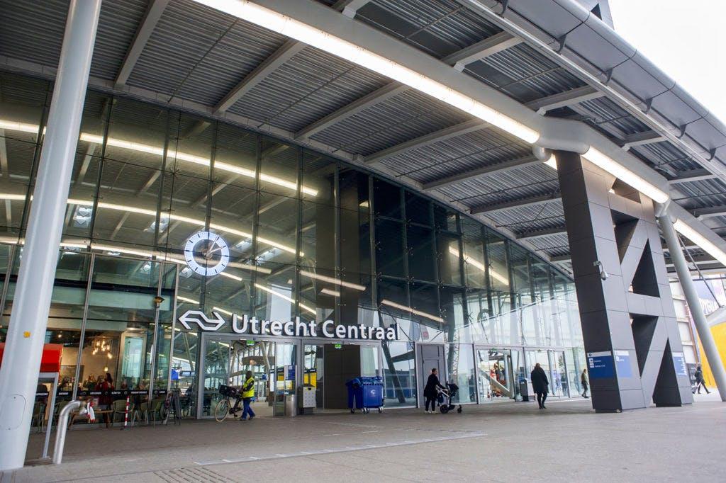 Donderdag minder treinen vanaf Utrecht Centraal vanwege storm