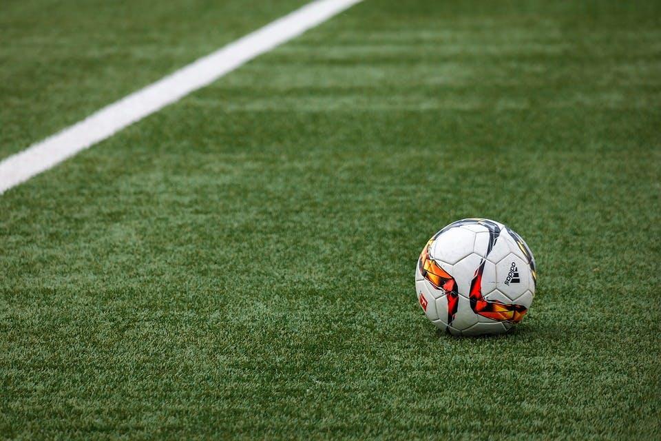 Gemeente Utrecht: 'sporten op kunstgrasvelden van rubbergranulaat gaat door'