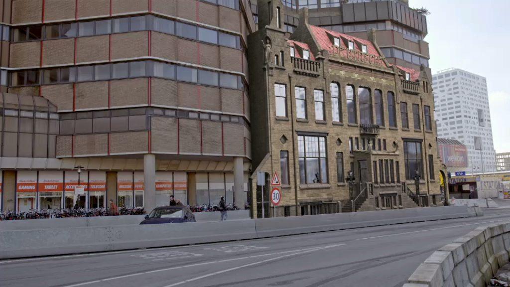 Het oude en nieuwe Smakkelaarsveld gevangen in één beeld