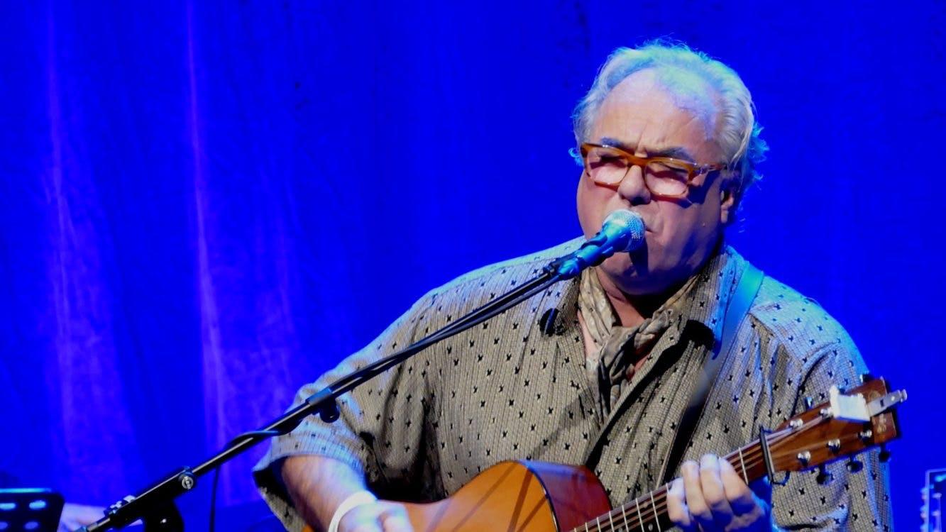 DUIC TV: Concert van Theo MacKaay was een grote reünie van oude vrienden
