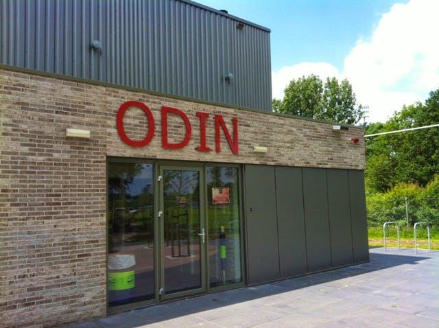 Odin trekt team terug uit competitie na veldslag