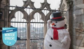 Sneeuwpop gespot op de Domtoren!