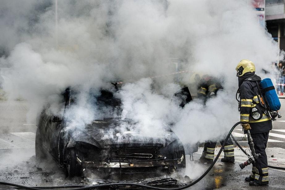 Autobranden Utrecht vermoedelijk aangestoken door jeugd uit de wijk