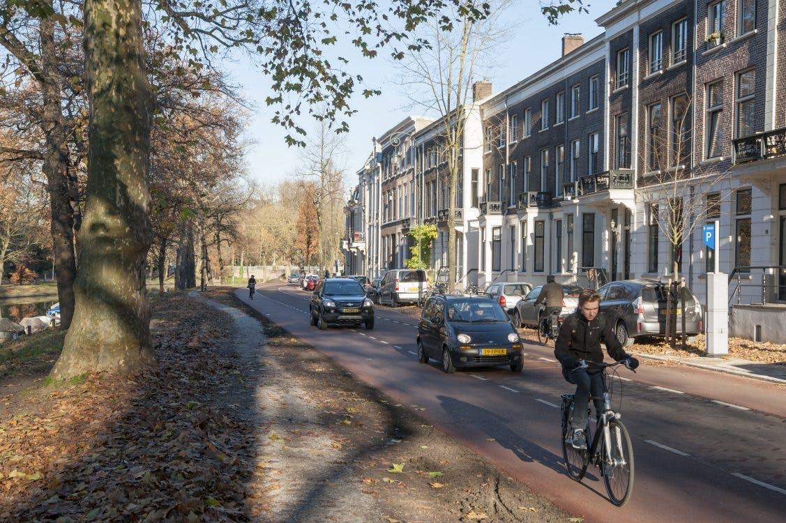Is meer ruimte voor de fiets een verbetering? Dat is de vraag